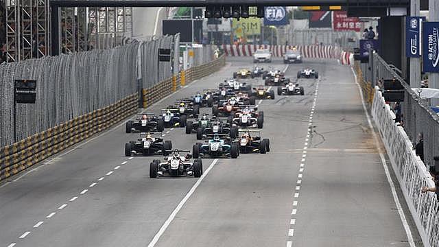 Феликс Розенквист повторил победу в чемпионате Formel 3 в Макао